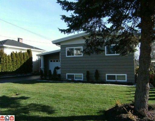 Main Photo: 1146 KENT Street: White Rock House for sale (South Surrey White Rock)  : MLS®# F1002515
