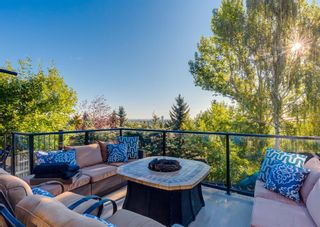 Photo 3: 2724 Signal Ridge View SW in Calgary: Signal Hill Detached for sale : MLS®# A1142621