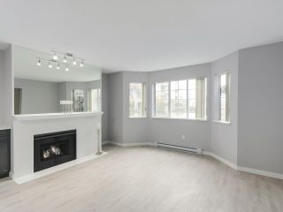 """Photo 4: 113 1150 QUAYSIDE Drive in New Westminster: Quay Condo for sale in """"Westport"""" : MLS®# R2255173"""