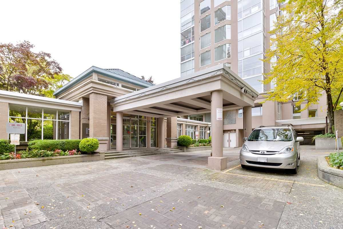 "Main Photo: 202 2668 ASH Street in Vancouver: Fairview VW Condo for sale in ""CAMBRIDGE GARDENS"" (Vancouver West)  : MLS®# R2510443"