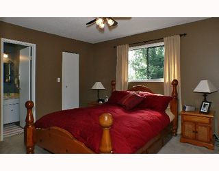 Photo 7: 1099 MALAVIEW Road in Gibsons: Gibsons & Area House for sale (Sunshine Coast)  : MLS®# V696259