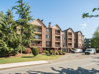 "Photo 1: 203 8511 WESTMINSTER Highway in Richmond: Brighouse Condo for sale in ""WESTHAMPTON COURT"" : MLS®# R2062242"
