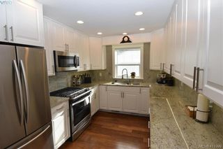 Photo 4: 1036 Lodge Ave in VICTORIA: SE Maplewood House for sale (Saanich East)  : MLS®# 816810