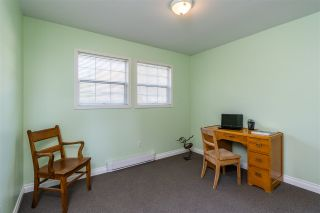 """Photo 17: 2258 MOUNTAIN Drive in Abbotsford: Abbotsford East House for sale in """"Mountain Village"""" : MLS®# R2543392"""