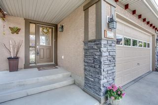 Photo 2: 174 EVERWILLOW Close SW in Calgary: Evergreen House for sale : MLS®# C4130951