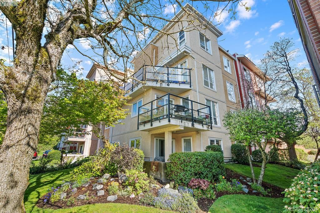 Main Photo: 305 908 Brock Ave in VICTORIA: La Langford Proper Row/Townhouse for sale (Langford)  : MLS®# 839718