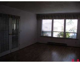 Photo 2: 13234 81B Ave in Surrey: Queen Mary Park Surrey House for sale : MLS®# F2705583