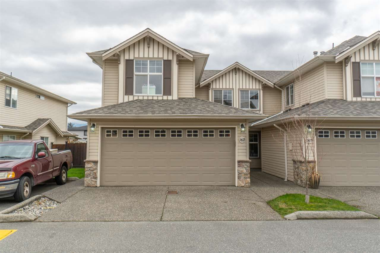 """Main Photo: 162 6450 VEDDER Road in Chilliwack: Sardis East Vedder Rd Townhouse for sale in """"Country Grove"""" (Sardis)  : MLS®# R2555822"""