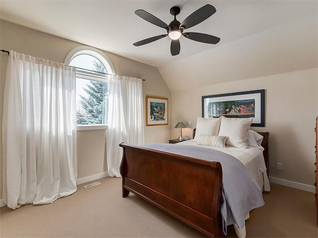 Photo 22: Photos: 309 16 Street NW in Calgary: Hillhurst House for sale : MLS®# C4005350