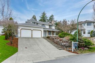 Photo 1: 36049 VILLAGE Knoll: House for sale in Abbotsford: MLS®# R2541200