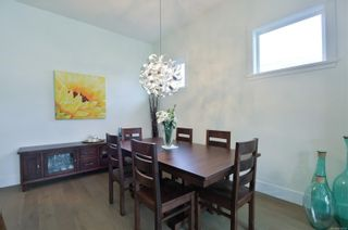 Photo 5: 2 325 Niluht Rd in : CR Campbell River Central Row/Townhouse for sale (Campbell River)  : MLS®# 876002