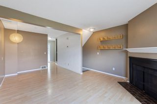 Photo 3: 84 2511 38 Street NE in Calgary: Rundle Row/Townhouse for sale : MLS®# A1115579