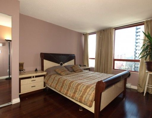 """Photo 5: Photos: 1704 811 HELMCKEN Street in Vancouver: Downtown VW Condo for sale in """"IMPERIAL TOWER"""" (Vancouver West)  : MLS®# V783490"""