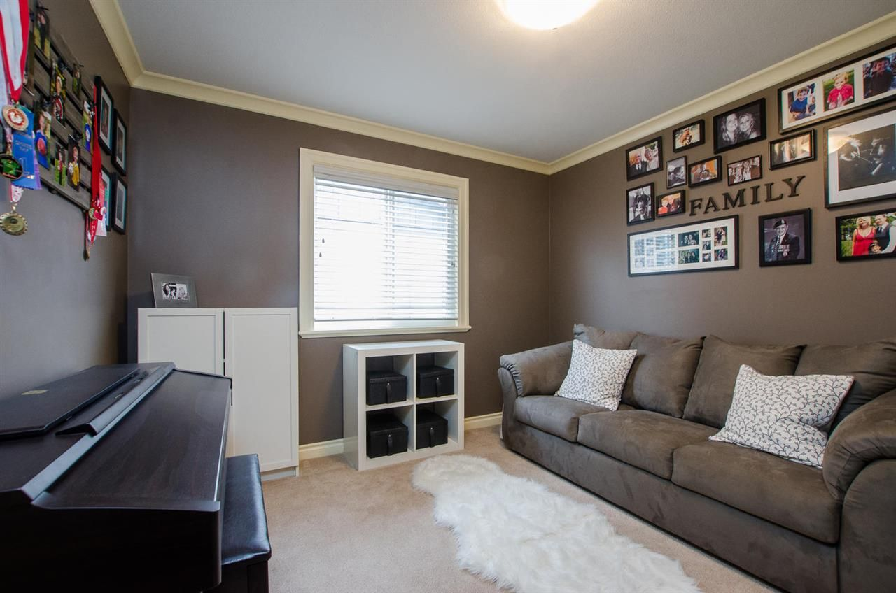 Photo 13: Photos: 4250 ARTHUR Drive in Delta: Delta Manor House for sale (Ladner)  : MLS®# R2239056