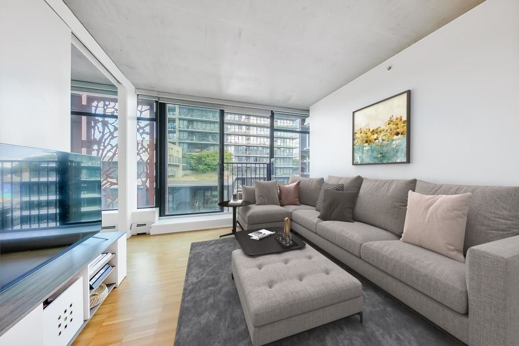 Main Photo: 1505 128 W CORDOVA Street in Vancouver: Downtown VW Condo for sale (Vancouver West)  : MLS®# R2625570