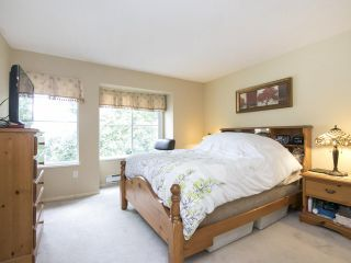 Photo 12: 47 19034 MCMYN ROAD in Pitt Meadows: Mid Meadows Townhouse for sale : MLS®# R2100043