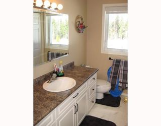 Photo 4: 12805 HUBERT RD in Prince_George: Hobby Ranches House for sale (PG Rural North (Zone 76))  : MLS®# N191699