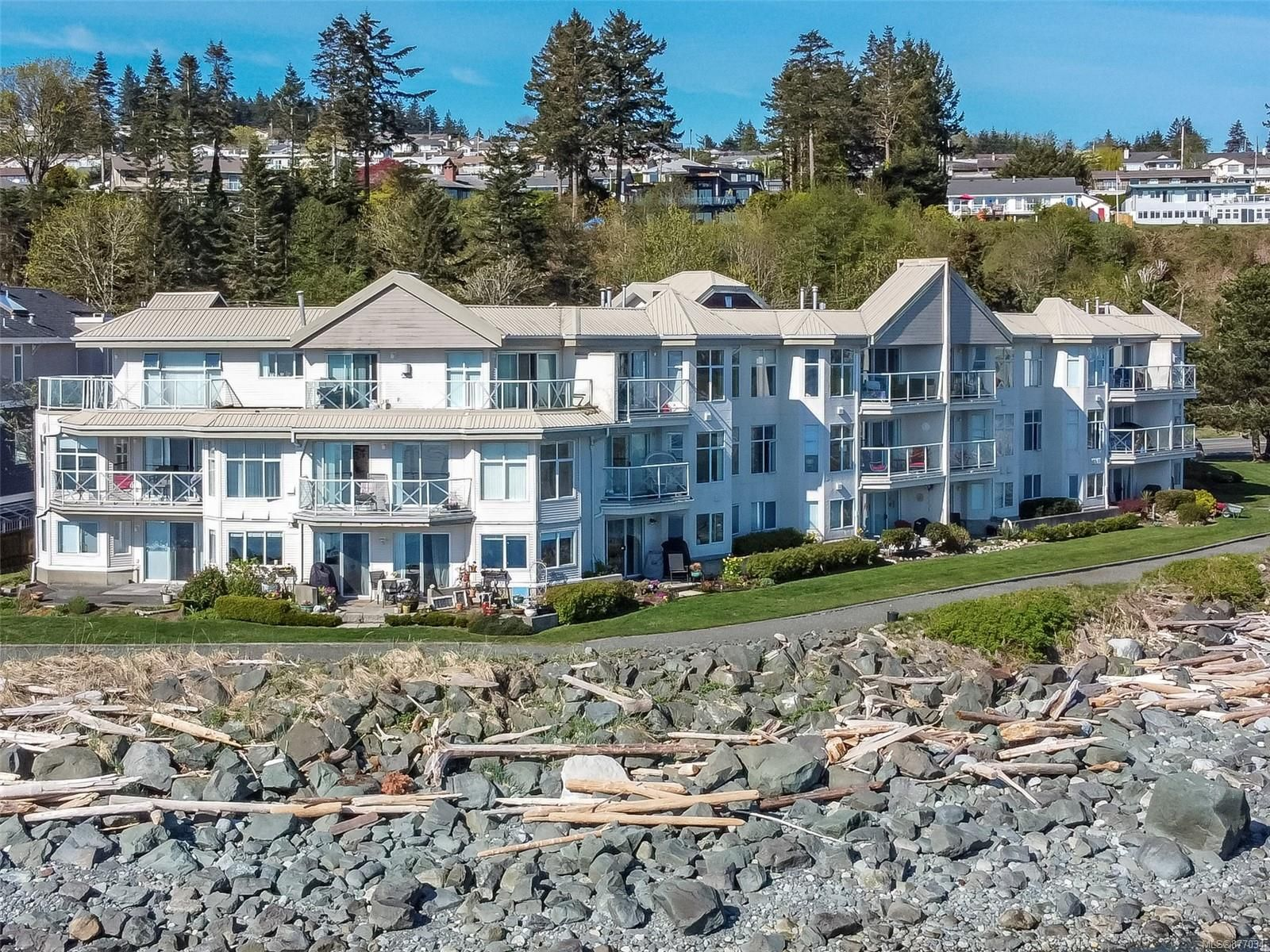 Main Photo: 106 87 S Island Hwy in : CR Campbell River Central Condo for sale (Campbell River)  : MLS®# 877034
