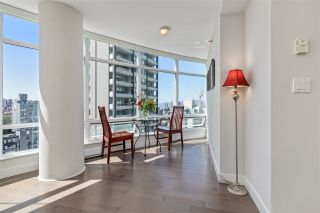 "Photo 9: 1603 1288 ALBERNI Street in Vancouver: West End VW Condo for sale in ""The Palisades"" (Vancouver West)  : MLS®# R2530276"