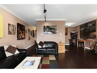 Photo 2: 306 2222 CAMBRIDGE Street in Vancouver: Hastings Condo for sale (Vancouver East)  : MLS®# V951817