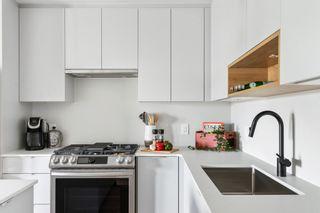 "Photo 15: 328 2493 MONTROSE Avenue in Abbotsford: Central Abbotsford Condo for sale in ""UPPER MONTROSE"" : MLS®# R2600182"