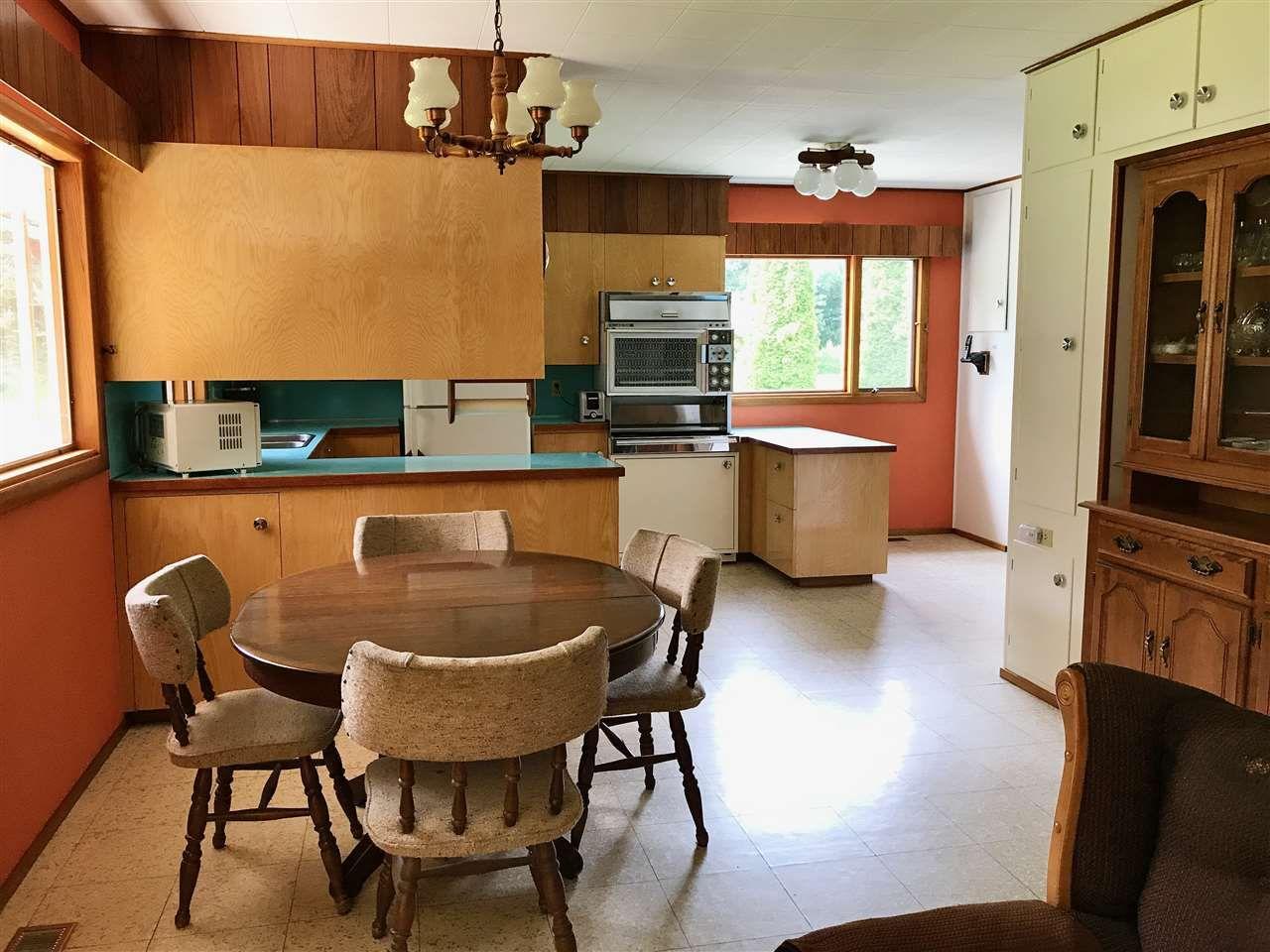 Photo 11: Photos: 944 MACKENZIE Highway in Bella Coola: Bella Coola/Hagensborg House for sale (Williams Lake (Zone 27))  : MLS®# R2482254