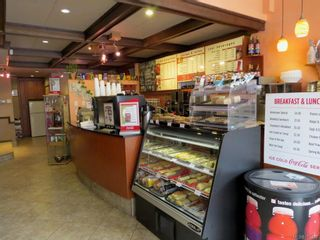 Photo 3: 915 Gordon St in Victoria: Vi Downtown Business for sale : MLS®# 765478