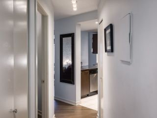 """Photo 10: 304 1212 HOWE Street in Vancouver: Downtown VW Condo for sale in """"1212 HOWE by Wall Financial"""" (Vancouver West)  : MLS®# R2221746"""
