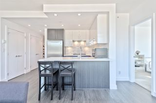 Photo 5: 604 518 WHITING WAY in Coquitlam: Coquitlam West Condo for sale : MLS®# R2494120