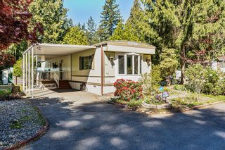 "Photo 1: 22 2306 198 Street in Langley: Brookswood Langley Manufactured Home for sale in ""CEDAR LANE 55+"" : MLS®# R2361882"