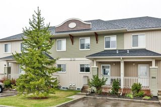 Photo 2: 303 300 Clover Way: Carstairs Row/Townhouse for sale : MLS®# A1145046