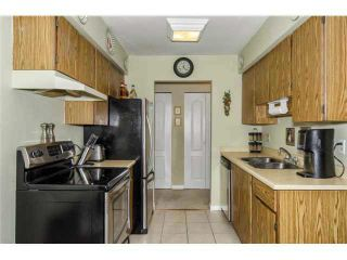 """Photo 3: 108 1210 PACIFIC Street in Coquitlam: North Coquitlam Condo for sale in """"GLENVIEW MANOR"""" : MLS®# V1129114"""