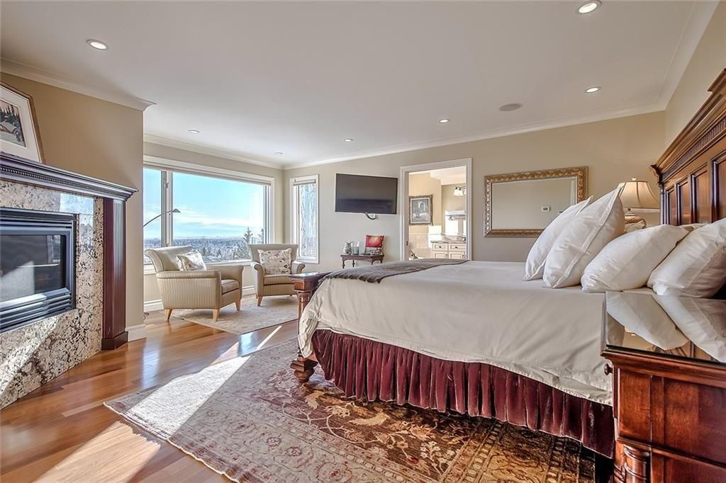 Photo 24: Photos: 153 SIGNATURE Close SW in Calgary: Signal Hill Detached for sale : MLS®# C4283177