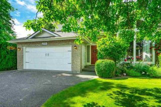 """Photo 2: 20481 97A Avenue in Langley: Walnut Grove House for sale in """"Derby Hills"""" : MLS®# R2592504"""