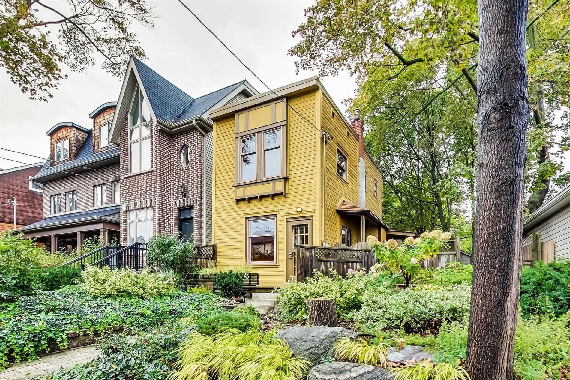 Main Photo: 25 Earl Grey Road in Toronto: Blake-Jones House (2-Storey) for sale (Toronto E01)  : MLS®# E4612632