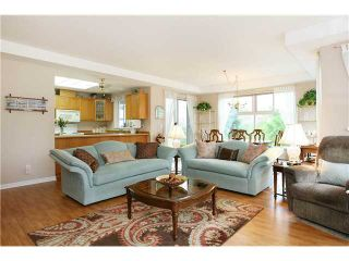 "Photo 7: 305 11609 227TH Street in Maple Ridge: East Central Condo for sale in ""EMERALD MANOR"" : MLS®# V892769"