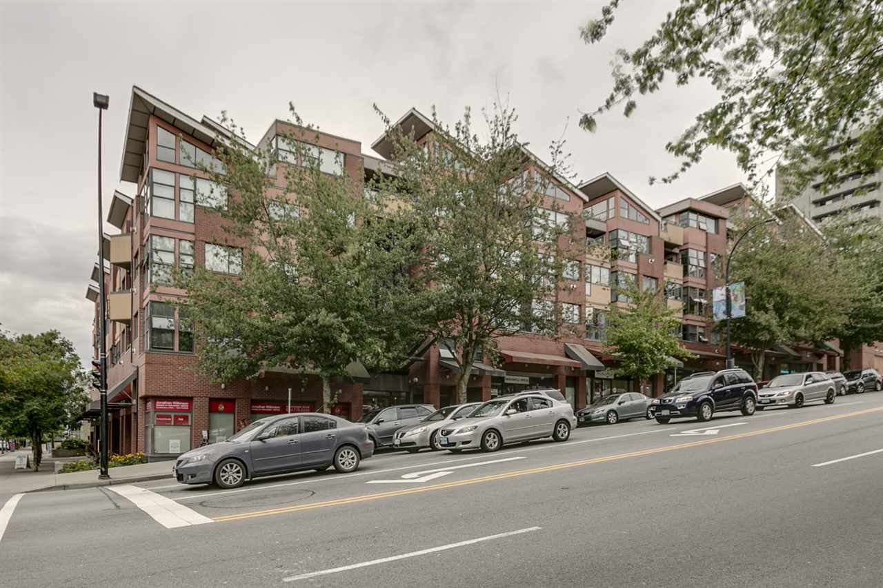 Main Photo: 406 305 LONSDALE AVENUE in North Vancouver: Lower Lonsdale Condo for sale : MLS®# R2188003