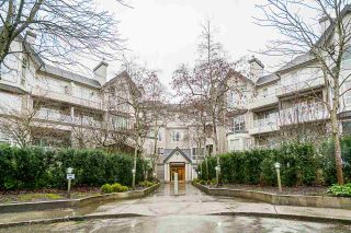 """Photo 2: 332 9979 140 Street in Surrey: Whalley Condo for sale in """"SHERWOOD GREEN"""" (North Surrey)  : MLS®# R2532582"""