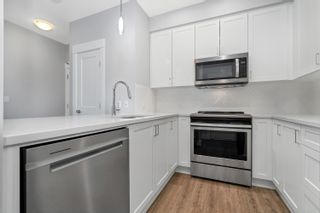 """Photo 5: 4616 2180 KELLY Avenue in Port Coquitlam: Central Pt Coquitlam Condo for sale in """"Montrose Square"""" : MLS®# R2625759"""