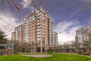 """Photo 2: 1404 238 ALVIN NAROD Mews in Vancouver: Yaletown Condo for sale in """"PACIFIC PLAZA"""" (Vancouver West)  : MLS®# R2318751"""