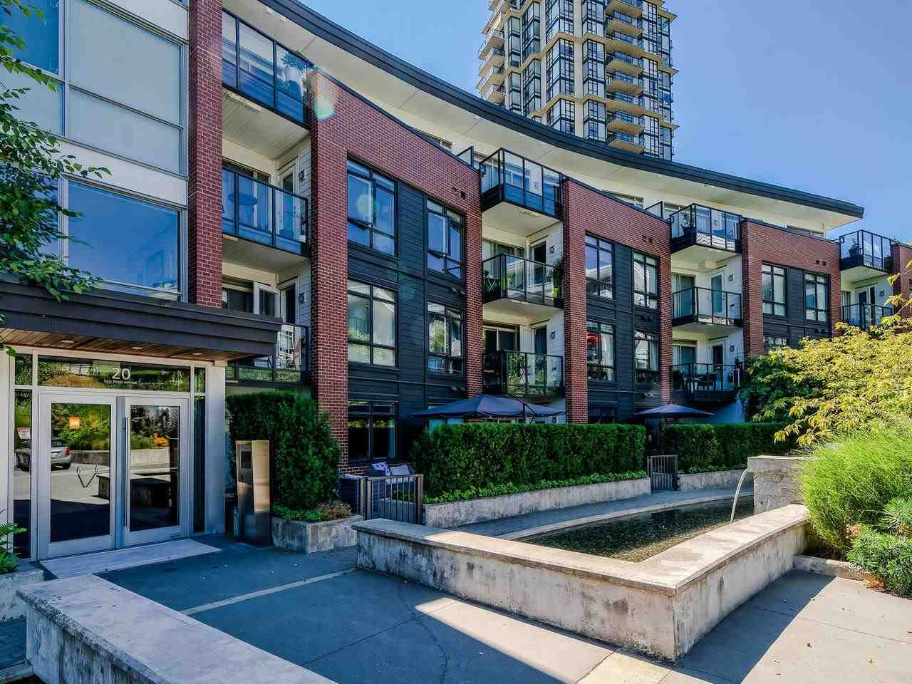 """Main Photo: 108 20 E ROYAL Avenue in New Westminster: Fraserview NW Condo for sale in """"The Lookout"""" : MLS®# R2483013"""
