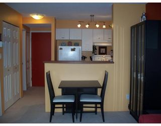 """Photo 4: 301 3438 VANNESS Avenue in Vancouver: Collingwood VE Condo for sale in """"THE CENTRO"""" (Vancouver East)  : MLS®# V654856"""