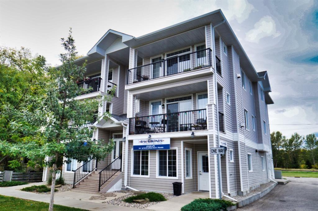 Main Photo: 201 29 N RAILWAY Street: Okotoks Apartment for sale : MLS®# A1022842