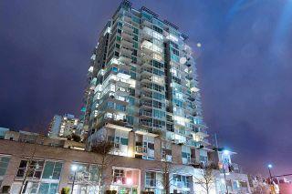 Photo 2: 1705 188 E ESPLANADE in North Vancouver: Lower Lonsdale Condo for sale : MLS®# R2148566