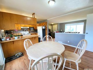 Photo 9: 405 McGillivray Street in Outlook: Residential for sale : MLS®# SK854940