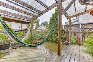 Photo 16: 870 PINEBROOK Place in Coquitlam: Meadow Brook 1/2 Duplex for sale : MLS®# R2464151