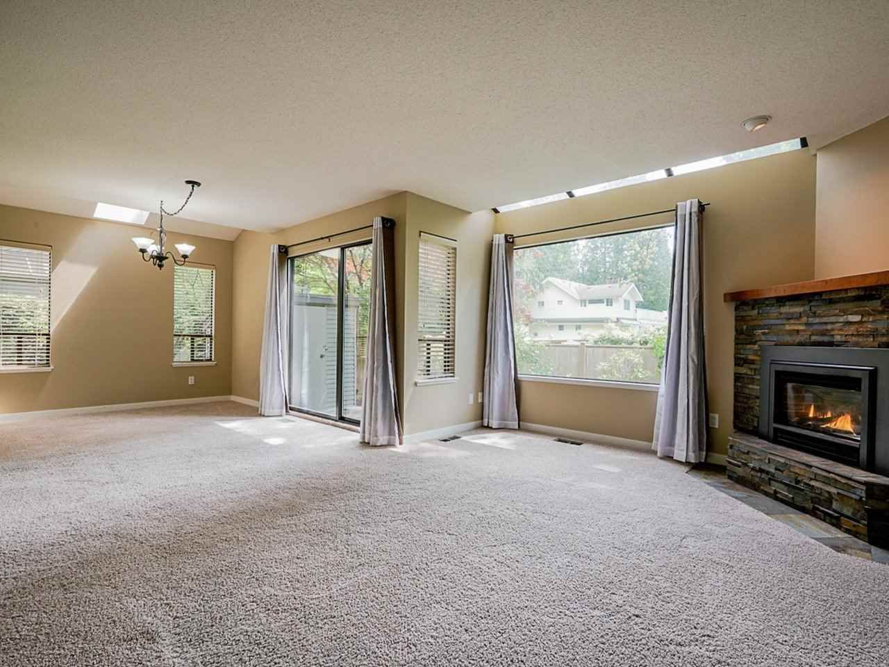 """Photo 14: Photos: 4713 GLENWOOD Avenue in North Vancouver: Canyon Heights NV Townhouse for sale in """"Montroyal Village"""" : MLS®# R2464484"""