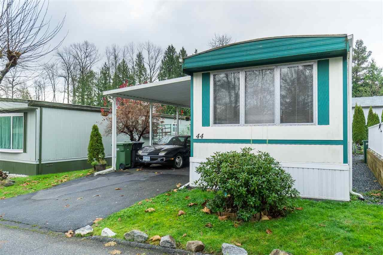 Main Photo: 44 8220 KING GEORGE BOULEVARD in : Bear Creek Green Timbers Manufactured Home for sale : MLS®# R2444828