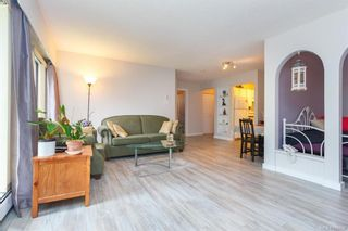 Photo 4: 211 1005 McKenzie Ave in Saanich: SE Quadra Condo for sale (Saanich East)  : MLS®# 843439