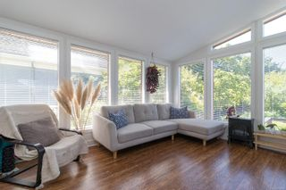 Photo 7: 20 Bushby St in : Vi Fairfield East House for sale (Victoria)  : MLS®# 879439